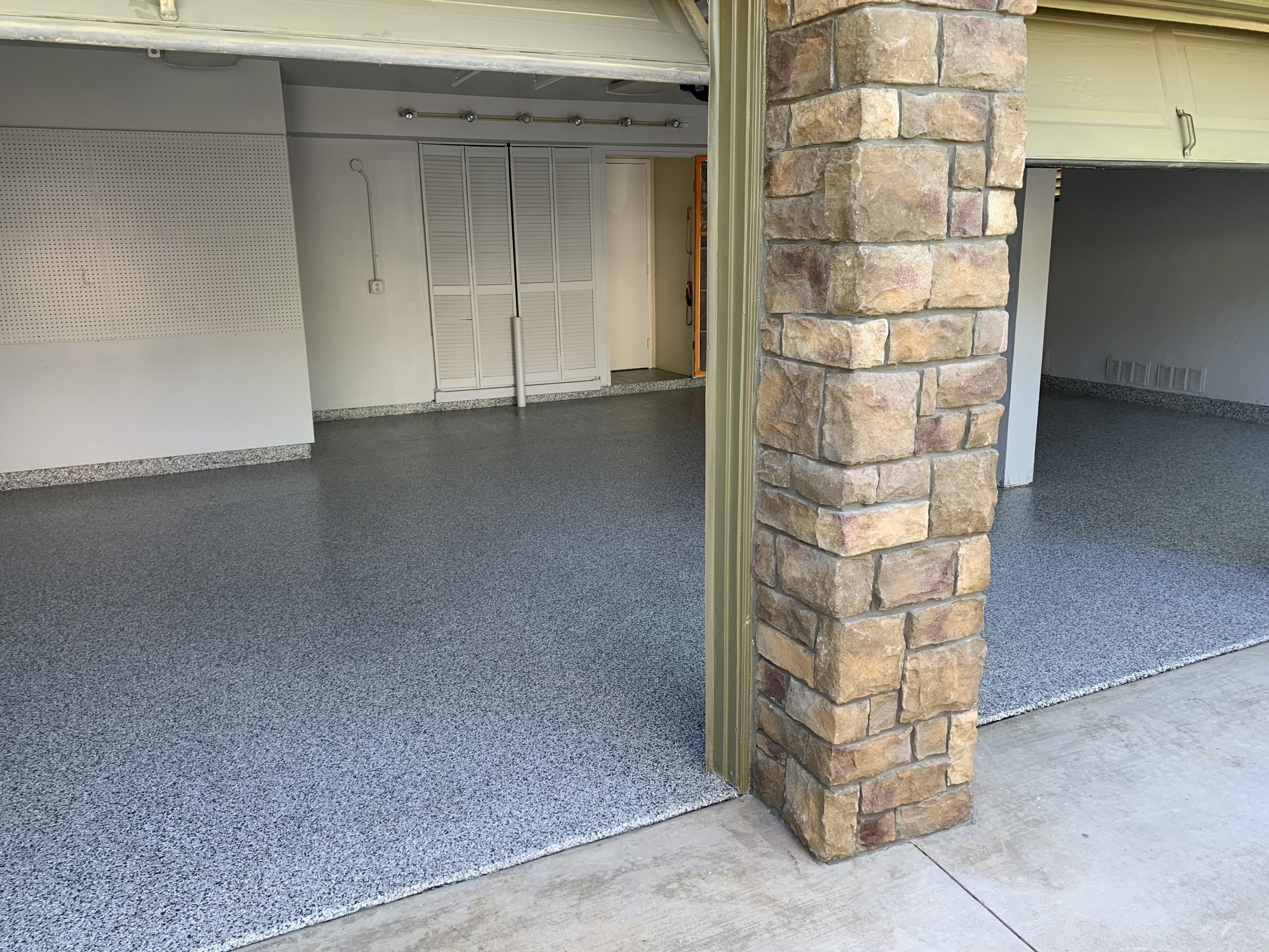 polyurea garage floor coating in valencia,ca
