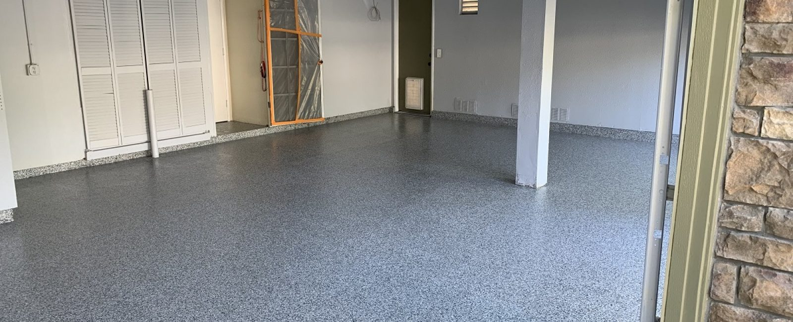 garage floor coating in valencia, ca